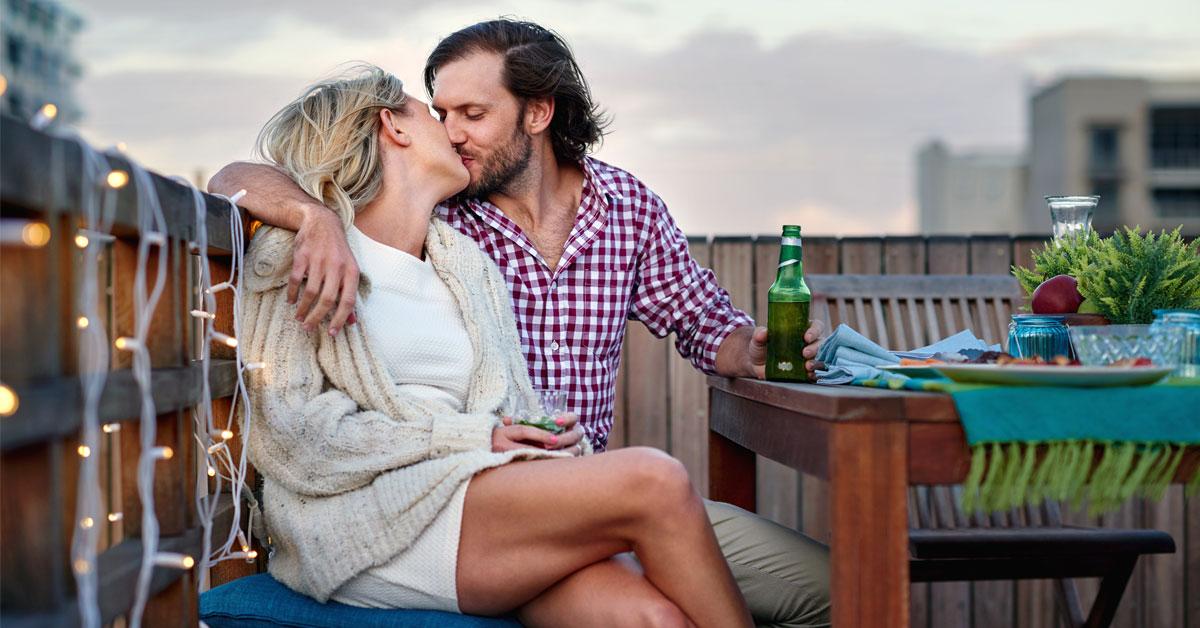 5 saker som lyckliga par gör i sommar
